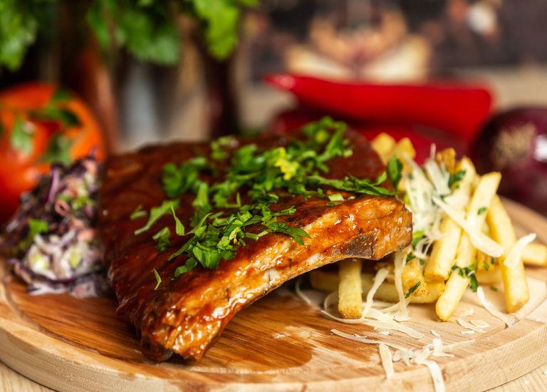 Coaste de porc BBQ
